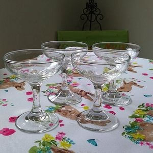 COPY - SAUCER COCKTAIL GLASSES